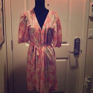 Oscar de laRenta pink robe 👘. L. New WT
